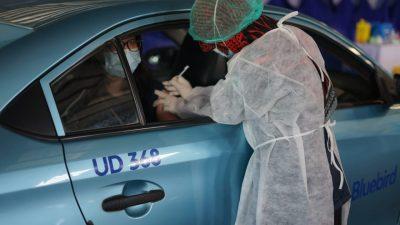 Melalui Metode Drive-Thru PT Blue Bird Tbk Sukses Vaksinasi 1.500 Lansia Dan Pengemudi Di Kota Bandung