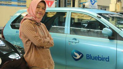 Sosok Kartini Dibalik Kesiapan Puluhan Ribu Armada Bluebird