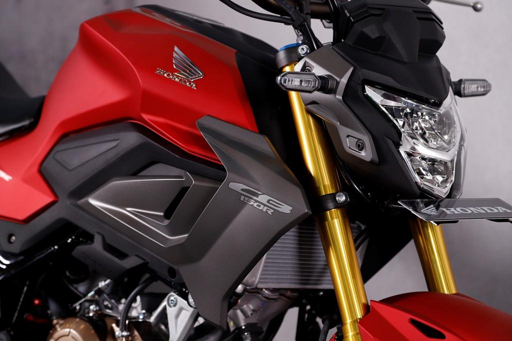Honda New CB150R StreetFire Special Edition Dilengkapi 2
